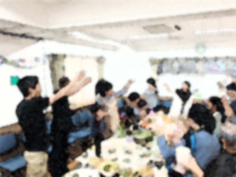 「味覚」をテーマにした回では、廣瀬が拠点にしているイタリアの他にブラジルや国内の地域の料理をみんなで食べるパーティを行った。その後、お気に入りの料理についてのコメントを各自書いた。